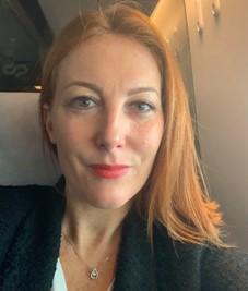 Charlotte Lecarpentier -Diretora demarketing & comunicação Clarins Portugal