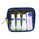 bolsa de viagem com os indispensáveis em azul