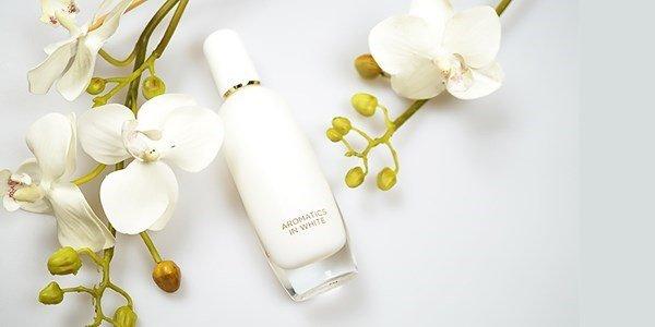 clinique aromatics white